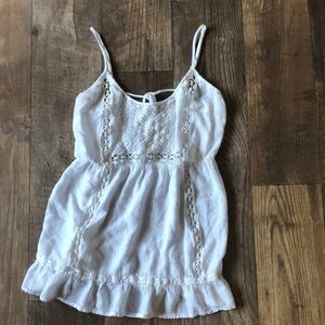 Tops - White top with cut outs and embroidered pattern